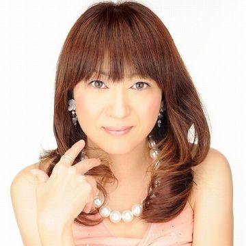 東京で婚活するなら「婚活もできる占い館BCAFE(ビーカフェ)渋谷店」の占い師が相性鑑定を行い、お見合いセッティングします
