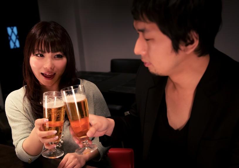 婚活東京30代ならビーカフェへ
