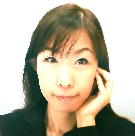 さくらゆキア先生は、東京渋谷で手相占いに強い当たると口コミ評判の人気占い師。
