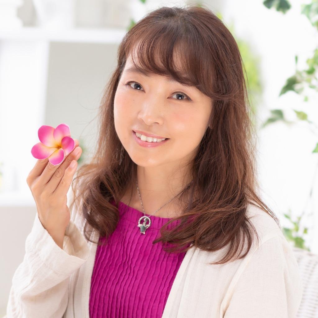 アネラ先生は、東京渋谷で恋愛占いに強い当たると口コミ評判の人気占い師。