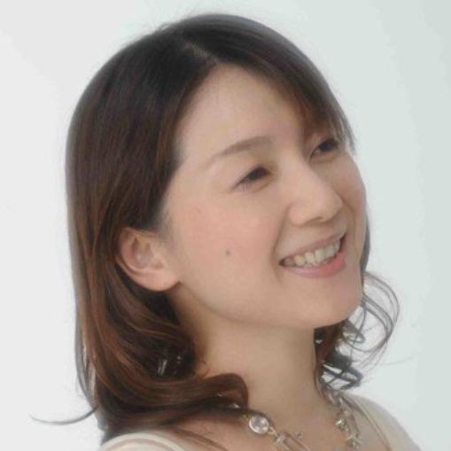よしのまどか先生は、東京渋谷で恋愛占いに強い当たると口コミ評判の人気占い師。