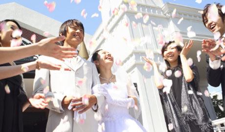 LINE占いで結婚式披露宴・二次会のプレゼントなら東京渋谷で人気の占い館「婚活もできる占い館BCAFE(ビーカフェ)渋谷店」の占いチケットをお誕生日プレゼントにしては如何でしょうか。