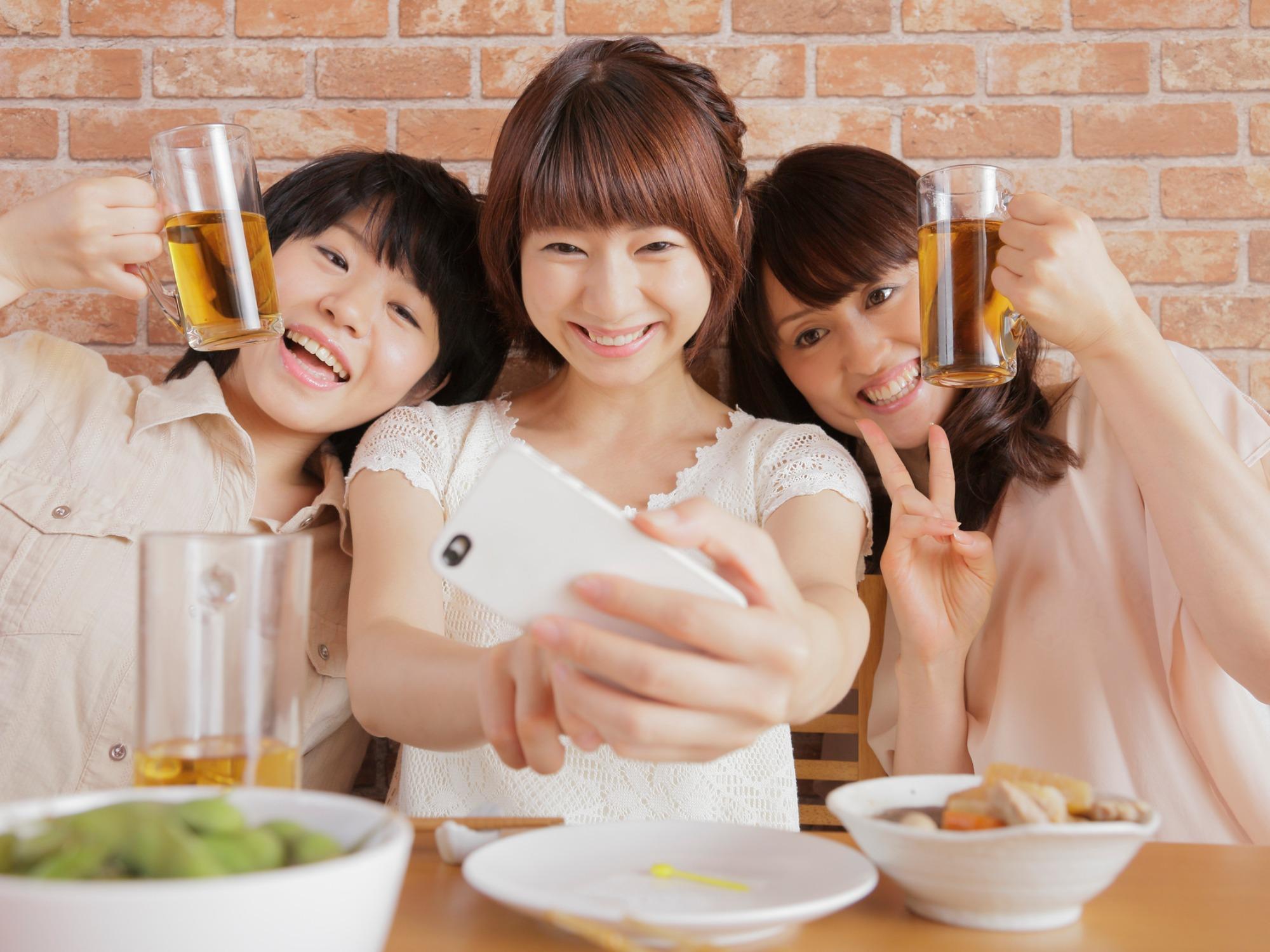 集客でお困りの飲食店(カフェ・バー・居酒屋)様に最適。東京渋谷で人気の占い館「婚活もできる占い館BCAFE(ビーカフェ)渋谷店」との費用0円の業務提携を一度試してみては?