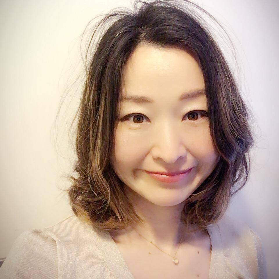 恋愛占いならタロット占いが得意な『KOTOBUKI(ことぶき)先生』にお任せ!