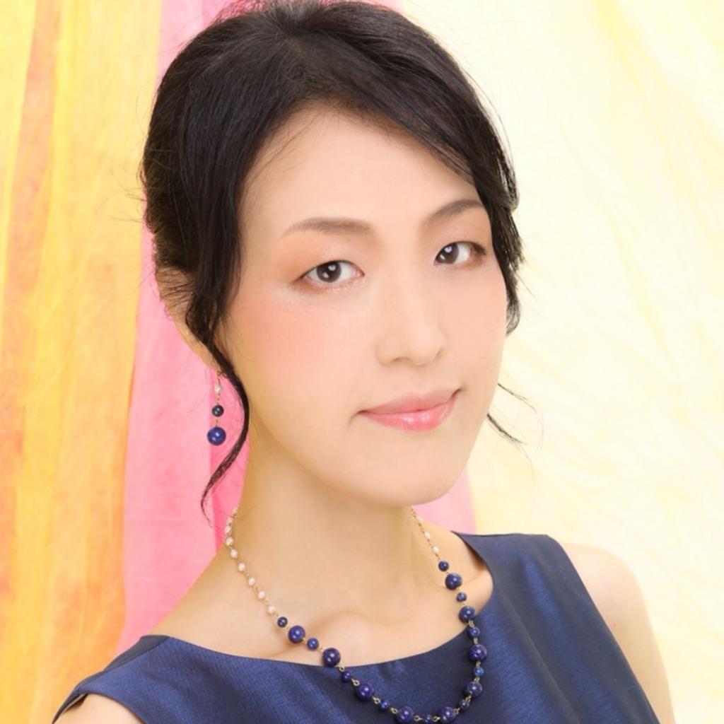 秀姫(すひ)先生│全国何処からでも秀姫先生がオンライン占いで対応致します。