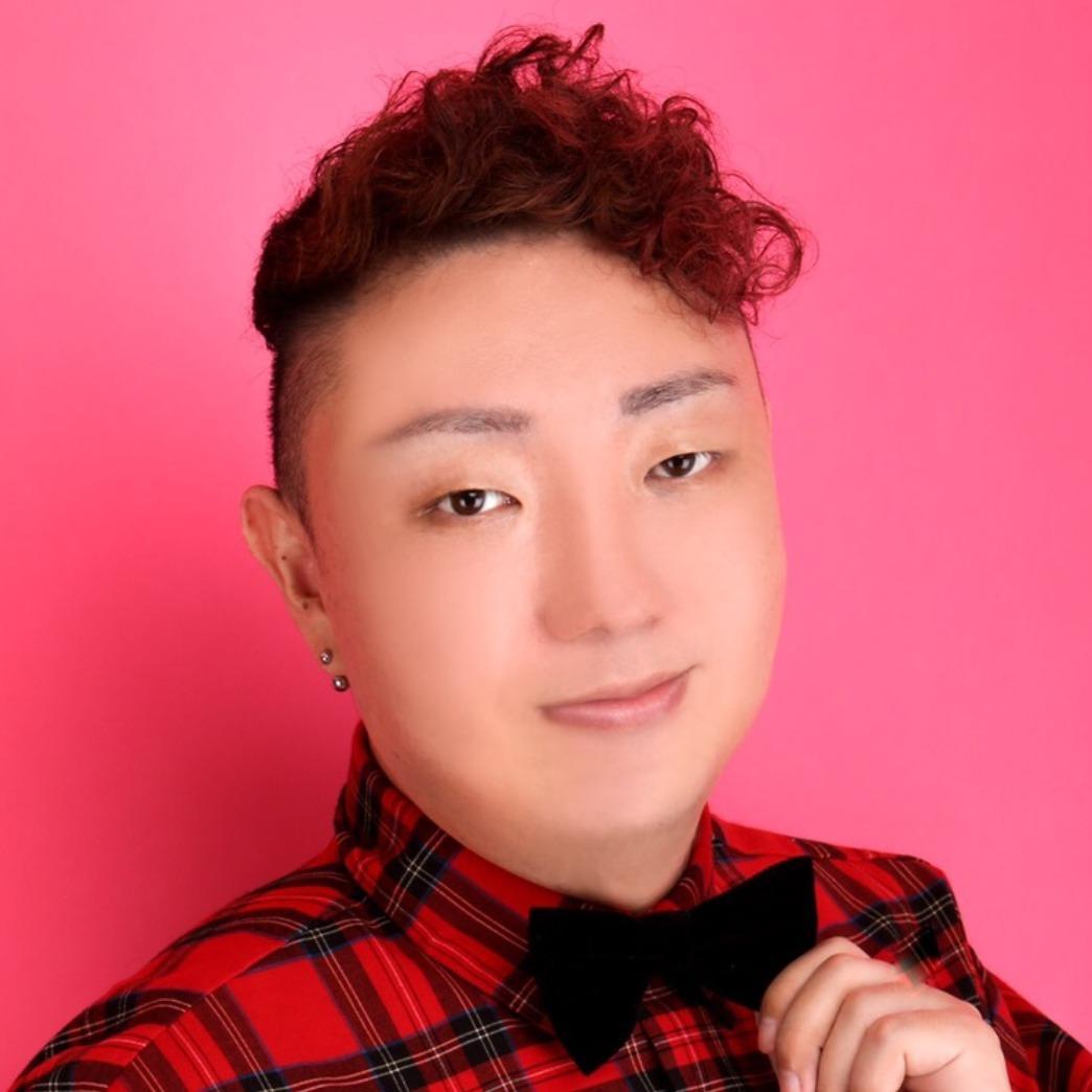 千葉県でLGBT『レズビアン』『ゲイ』 『バイセクシャル』 『トランスジェンダー』の方の味方です!占い館BCAFE(ビーカフェ)千葉柏店の岸田凰輝先生が相談受けます
